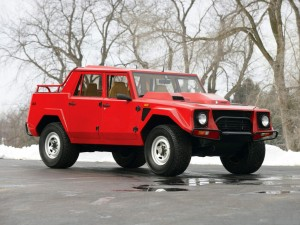 red-Lamborghini-lm002