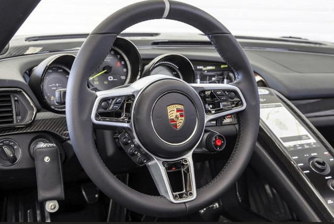2015 porsche 918 spyder interior official club sportiva blog - Porsche 918 interior ...